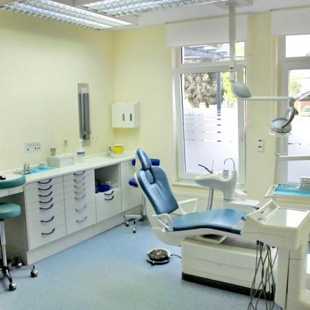 Behandlungsraum Fischer Werner